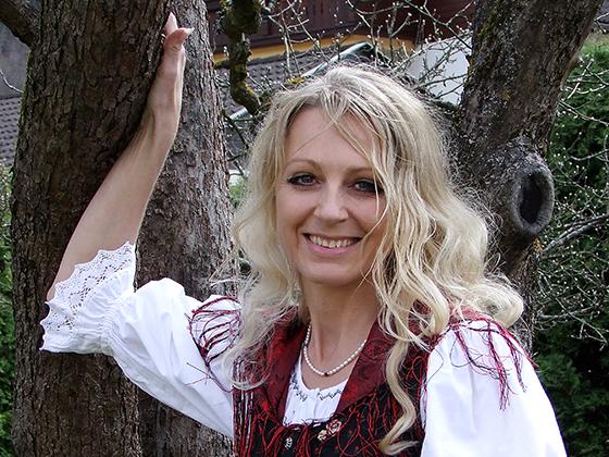 Elfi Schabus